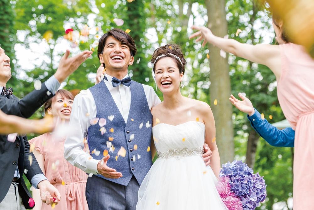 おもてなし料理、北海道ホテル限定のドレス試着、エステ体験など、楽しみがいっぱい! 結婚が決まったけど何をどのようにすすめたらいいのか分からない、オリジナル